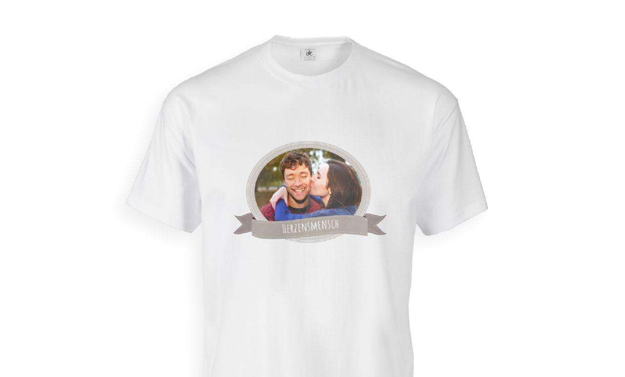 online store 9bcd9 f354c T-Shirt mit Foto